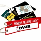 NWA Northwest Airlines REMOVE BEFORE FLIGHT attendant pilot luggage bag tag keychain