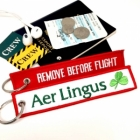 Aer Lingus REMOVE BEFORE FLIGHT attendant pilot luggage bag tag keychain
