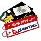 Qantas REMOVE BEFORE FLIGHT attendant pilot luggage bag tag keychain